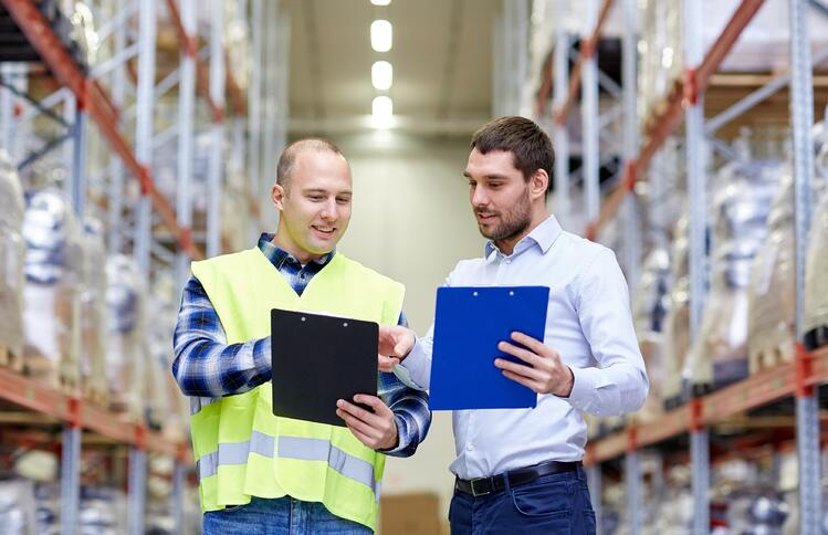 How To Cut Cost By Using Logistics KPIs in Warehousing