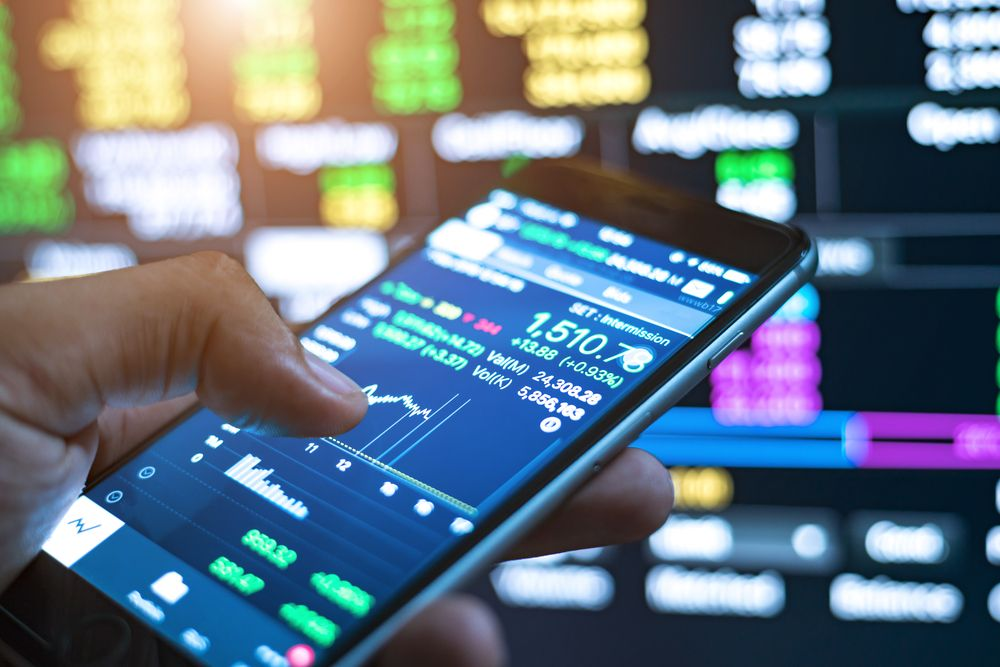 How To Improve The Banking & Finance Industry With Business Intelligence | IntelliFront BI