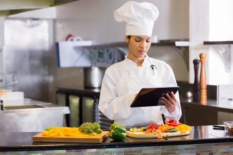 Top 4 Reasons BI Software Is Needed In The Restaurant Industry